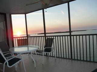 Bay View Tower - Unit 735, Fort Myers
