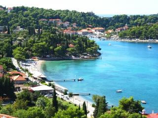 Duplex Apartment with balcony and terrace, Cavtat