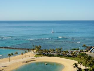 'KAMOANA'-Ocean View Beach Front, Honolulu