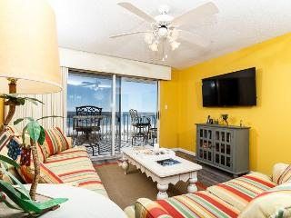 TP 203: RECENTLY UPDATED - VERY NICE! FREE BEACH SERVICE AND SNORKELING!, Fort Walton Beach