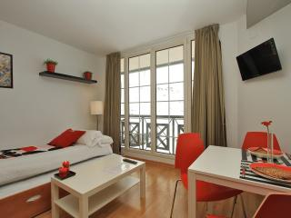 PERFECT STUDIO APARTMENT FOR TWO!!, Monachil
