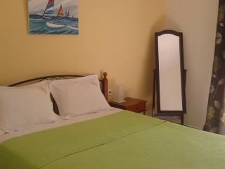 Liofoto one bed apartment, Stafylos