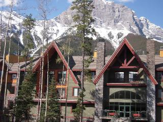Canmore, Studio up to 2 BR (priced for STUDIO), Seebe