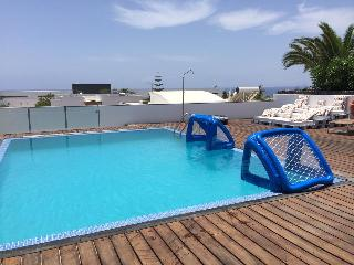 2 bed Boutique Styled Apartment, Puerto Calero