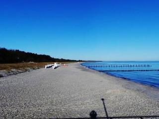 Stylish holiday apartment in Zingst, by the Baltic Sea – 100m from the beach!