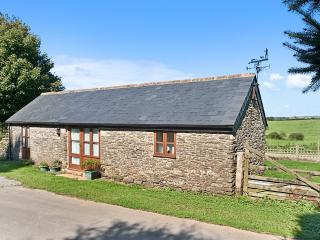 Charming cottage in Cornwall with garden and playground, Looe