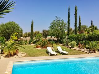 Large villa is Cyprus with garden and pool, Kouklia