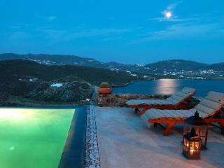 Charming Panormos Retreat nestled hillside with dazzling sea views & infinity pool