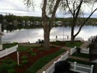 Waterfront Vacation Rental on Lake Winnisquam (AND9B), Tilton