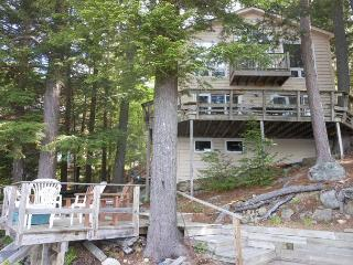 Lake Winnipesaukee Waterfront with views of Stonedam Island (NOL18Wf), Meredith