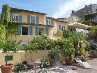 Great Apartment JASMIN with terrace in Vieux-Nice