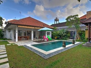 Villa Flourish Berawa Beach, Canggu- North Kuta