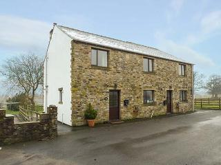 MALLARD, semi-detached, open fire, WiFi, off road parking, enclosed garden, in Clitheroe, Ref 918772, Bolton by Bowland