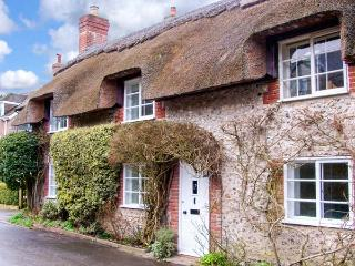 LITTLE THATCH, Grade II listed, charming, character thatched cottage, in Cerne Abbas, Ref. 919056