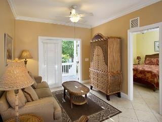 Coral Hammock 36- 3 Bedroom Townhouse with Shared Pool, Key West