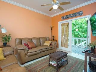 Coral Hammock 39 - 3 Bedroom Townhouse with a Shared Pool, Key West