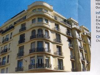 50 m from the beach and Negresco, listed building, Nice