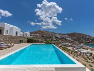 Gorgeous 5 Bedroom Villa in Mykonos