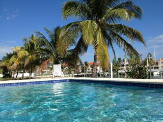 Your Perfect Island Home-Away-from-Home, Freeport