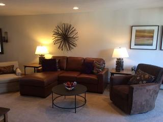 Beautiful 3 bed / 3.5 bath @ SawMill Station (located in the heart of WP), Winter Park