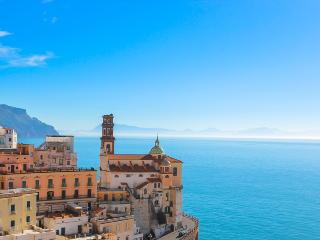 Large house with sea view on the Amalfi Coast, Atrani