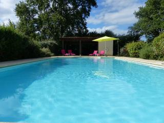 'Lilas' Luxury Villa with pool and garden., Brantome