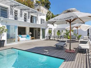 Ocean Views Villa, Bantry Bay