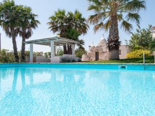 Complex of trulli with pool in Puglia, Ceglie Messapica