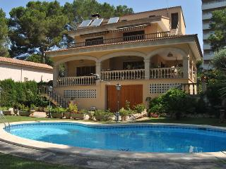 VILLA TOSSAL at Playa de Palma 400m near the beach