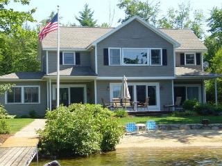 Winnipesaukee Waterfront for 8 with  Sand Beach, Moultonborough