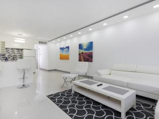 Amazing 1.5BD apt in Bay Harbour, Bal Harbour