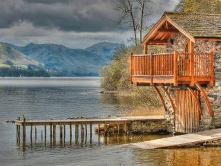 BOATHOUSE DUKE OF PORTLAND, Pooley Bridge, Nr Ullswater
