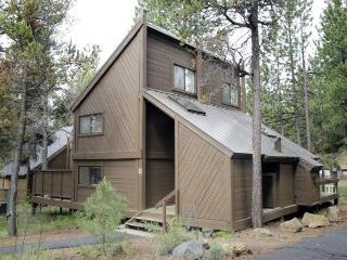POLE HOUSE 15 - Sunriver, Oregon