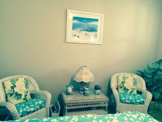 Murrells Inlet Suite with kitchenette