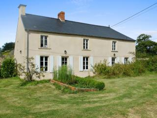 Rustic family house with tennis court in Normandy, Bayeux