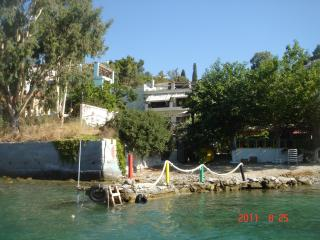 RODITSES SEA FRONT ONE BEDROOM APARTMENT, Samos Town