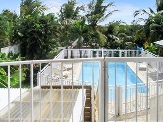 Beautiful apartment in Sainte Anne, Guadeloupe, with a balcony and sea views, Varzy
