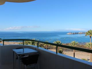 Modern Sea Front Apartment, Los Cristianos