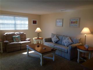 2BR located on the  widest part of Crescent beach - Villa 4, Siesta Key