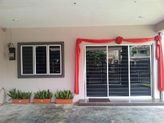 Bercham vacation house AB-9 room, Ipoh