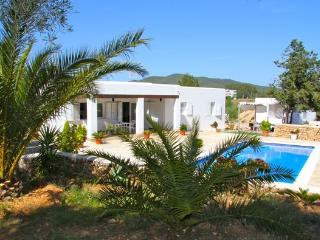 Holiday House in the country side, Port de Sant Miguel
