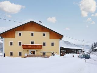 Lovely flat with modern amenities, in Austria, Lienz