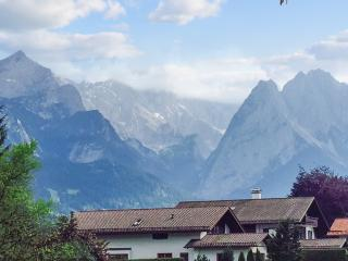 House with gorgeous mountain views, Germany, Garmisch-Partenkirchen