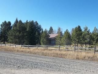 Shotgun Meadows is on 1 acre of land for the large family outside activities, Island Park