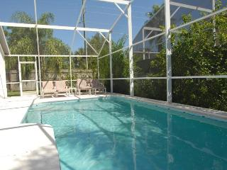 AMAZING POOL HOME,GAME ROOM, 10 MIN. FROM DISNEY!!, Kissimmee