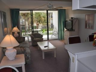 Beach Condo Rental 211, Cape Canaveral