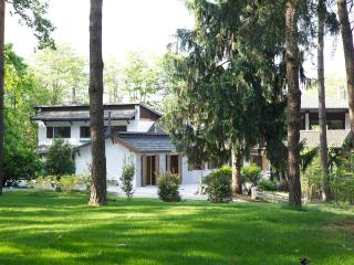 Beautiful apartment in the green heath, Somma Lombardo