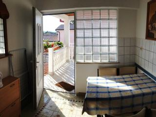 Marco 2 - apartment for 4 with AC and terrace, Vodnjan