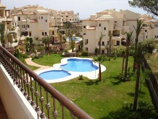 Modern flat 100m from the beach, Altea