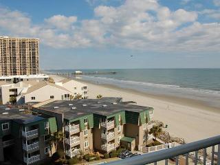 Fantastic Sands Ocean Club 2 Bedroom Condo with Hot Tub and Pool, Myrtle Beach